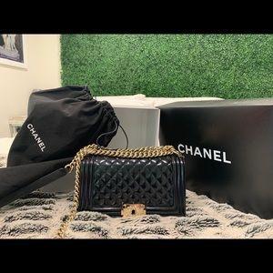 Chanel Lambskin Quilted Medium Boy Flap Black